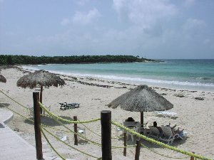 Cozumel Beaches with an elevated eating section.